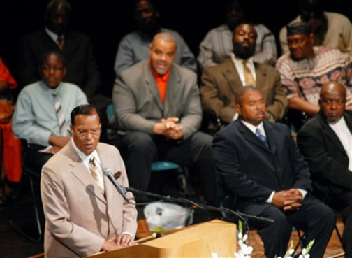 Minister Louis Farrakhan speaks during the Rally for Justice and Unity for Rev. Pinkney on Friday, June 5, at Lake Michigan College in Benton Township, Mich. – Photo: Don Campbell, AP