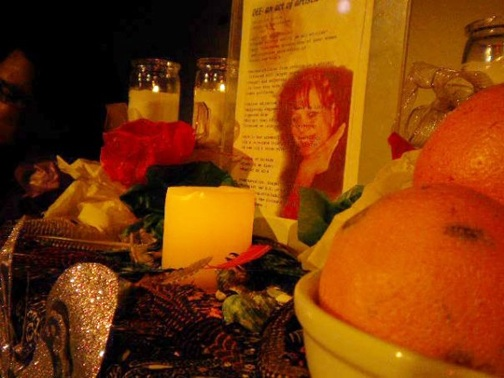 The Altar for our Ancestors at Uncle Al and Mama Dee's Social Justice and Arts Cafe at POOR Magazine's Revolutionary Change Session 2009 – Photo: PNN Staff