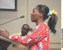 Public housing advocate and former resident Stephanie Mingo testifies before the New Orleans City Council in 2007. – Photo: Common Ground