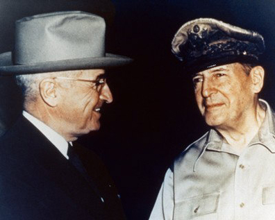 Truman-MacArthur1, Gen. McCrystal challenges the president's authority; who will prevail?, National News & Views