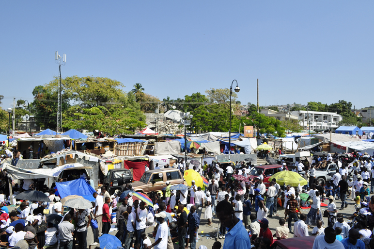 Haiti-earthquake-JRs-Team-congested-tent-city-near-Palace-021210-by-JR-web, Haiti: A tale of two disasters, World News & Views