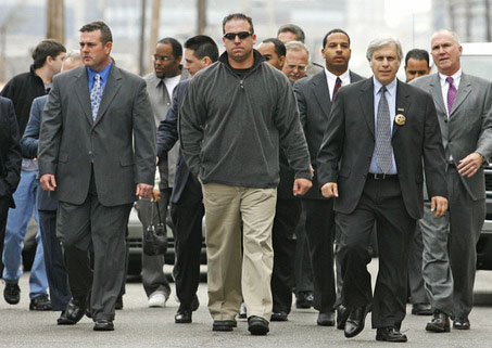 NOPD-Danziger-Bridge-7-defendants-attorneys-walk-between-lines-of-hundreds-police-supporters-turn-selves-in-010607-by-Ellis-Lucia-T-P1, NOLA vs. the po-po, National News & Views