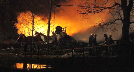Continental Airlines Flight 3407 crashed Thursday, Feb. 12, into a house in Clarence Center, N.Y. It dropped 800 feet in 5 seconds. – Photo: David Duprey, AP