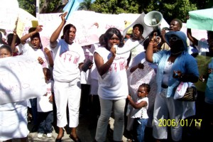 haiti-political-prisoner-families-kolektif-fanmi-prizonye-politik-rally-web-300x200, Free Haiti's political prisoners! Free Ronald Dauphin!, World News & Views