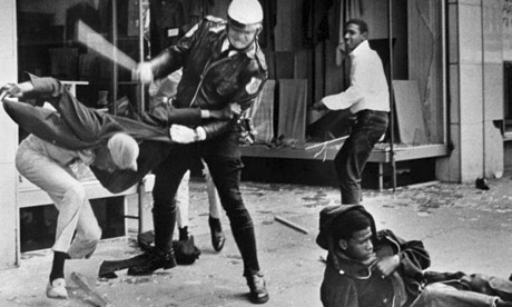 As Mao wrote this statement, days after Dr. King's assassination, rebellions had broken out all over the country. This is Memphis. Forty years later, after another Black man was murdered in cold blood, the same scene was re-enacted in Oakland. – Photo: AP