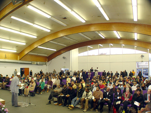 BART board members listened to another round of withering criticism Saturday of their racist police and their complicitous silence following the BART police execution of Oscar Grant at the Emergency Town Hall Meeting at Olivet Missionary Baptist Church in Oakland. Photo: Dave Id, IndyBay