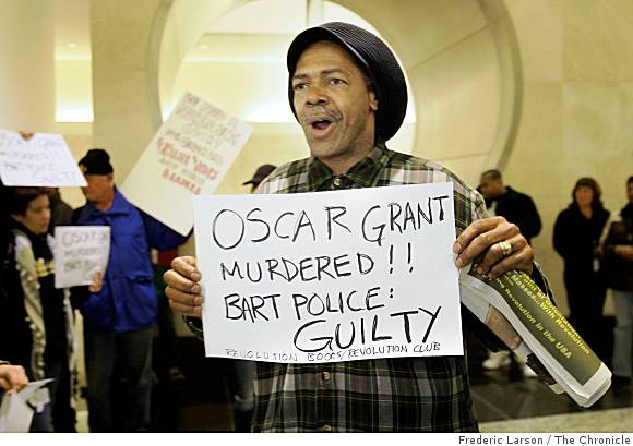 """Mubarak Ahmad and dozens of others who protested the murder of Oscar Grant at BART headquarters in Oakland on Monday aren't falling for the """"Taser excuse."""" – Photo: Frederic Larson, The Chronicle"""